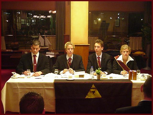 Praesidium_van_Zaane_2003-2004.jpg